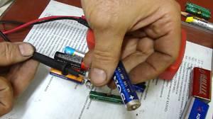 Сортировка батареек по напряжению