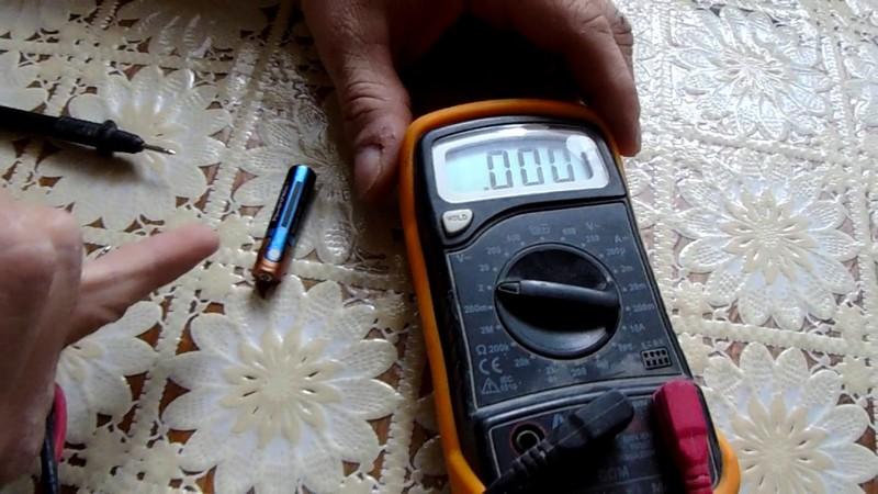 Мультиметр для проверки заряда