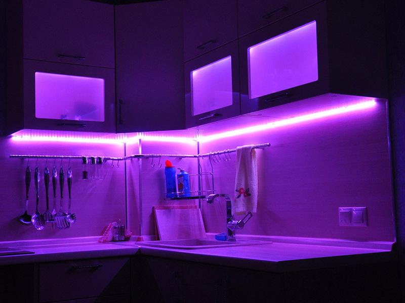 подсветка кухни светодиодной лентой фото название они получили